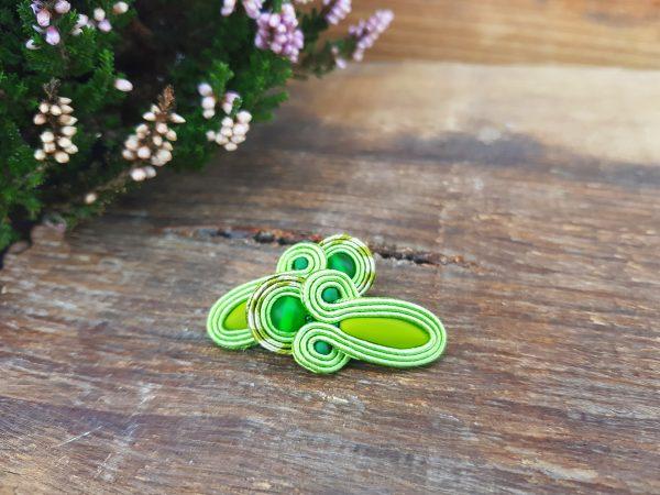 kolczyki sutasz sztyfty z daggerami zielone